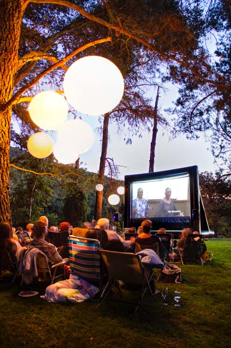 outdoor-theater-screen-rental