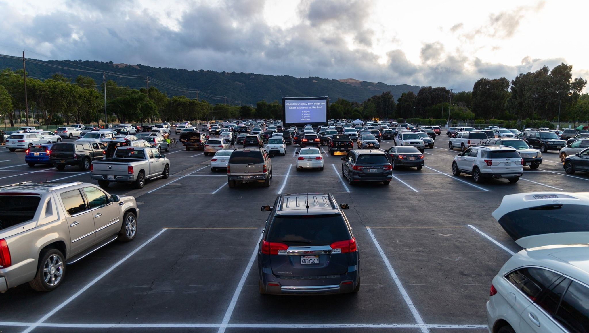 San Diego projector screen rental services by FunFlicks drive in movies