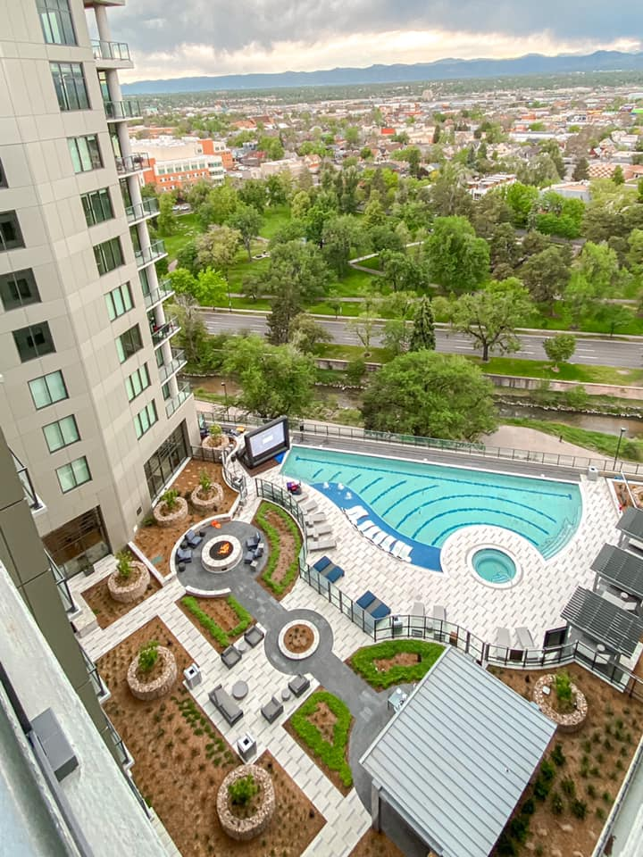 Apartment pool party ideas include a FunFlicks® hosted poolside outdoor movie night